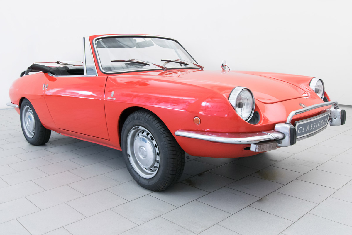 fiat 850 sport spider cabrio classicbid. Black Bedroom Furniture Sets. Home Design Ideas