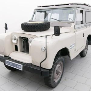 Land Rover 88 (Serie IIa)