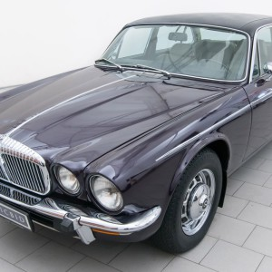 Daimler Vanden Plas 4.2 Series II