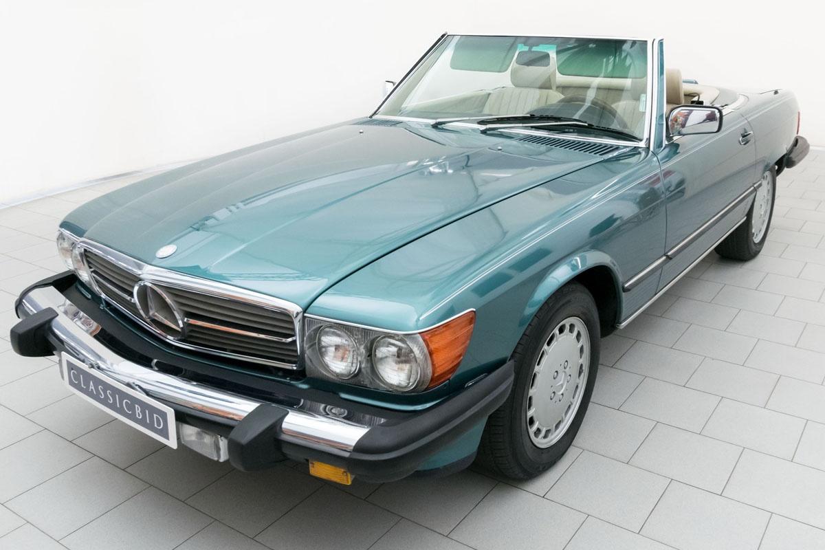 Mercedes benz 560 sl convertible classicbid for Mercedes benz sl 560