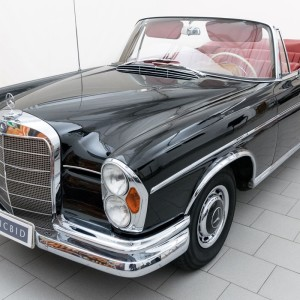 Mercedes-Benz 220 SEb Convertible