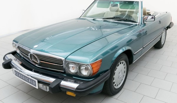 Mercedes-Benz 560 SL Convertible