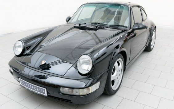 Porsche 911 Carrera 2 (964)